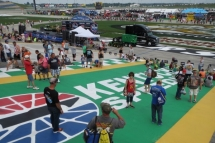2019 Kentucky Speedway Quaker State 400 NASCAR Race And Travel Packages